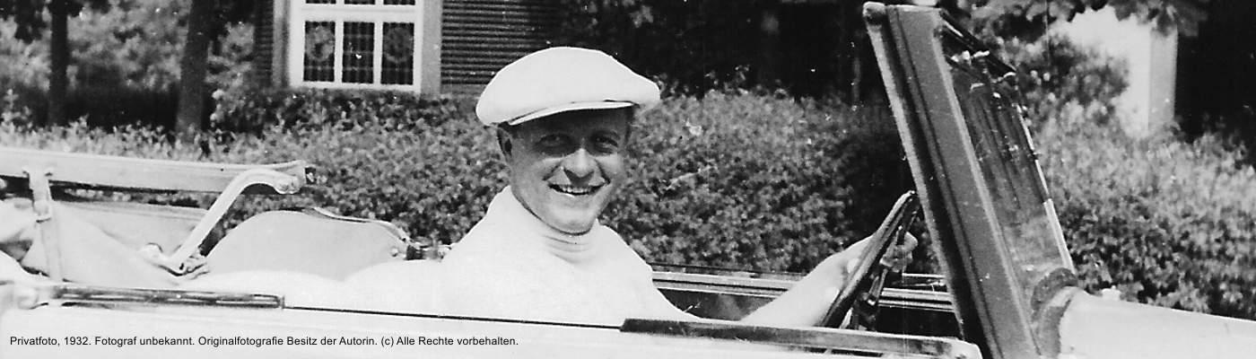 Der Schauspieler Willy Fritsch privat in seinem Auto, 1932