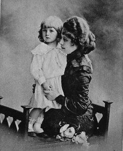 Willy Fritsch als Kind mit seiner Mutter Anni