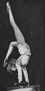 Dinah Grace beim Tanz